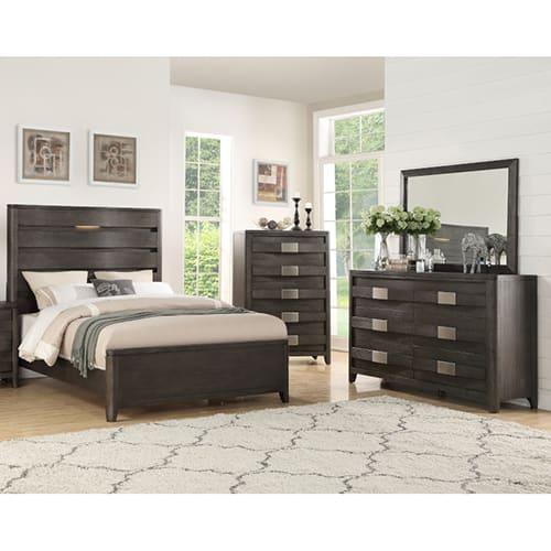 Dallas Bedroom Collection - Queen Bed, Dresser & Mirror